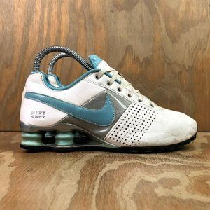 2010 Nike Women's Shox Deliver Athletic Shoes